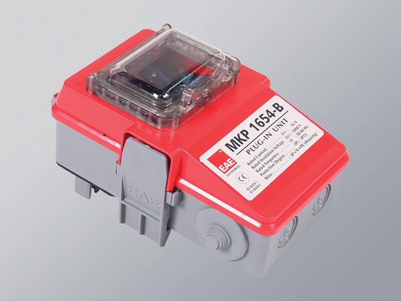 Busbar power plug-in unit